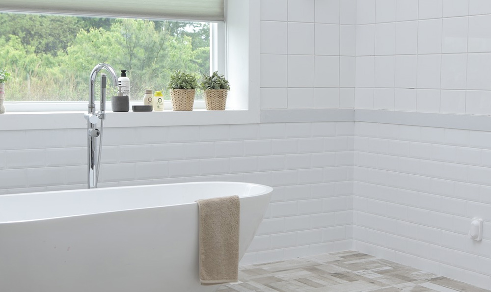 White Brick Tiles for Bathrooms